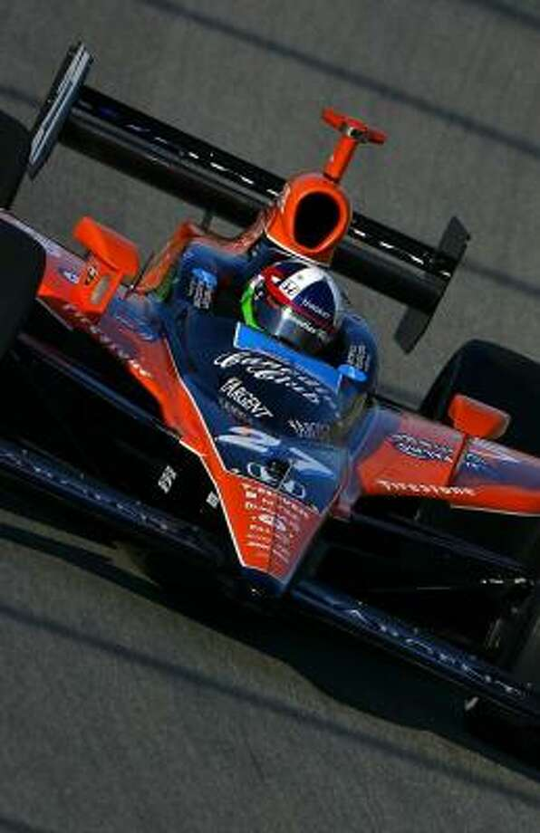 Dario Franchitti owns the pole position for today's PEAK Antifreeze Indy 300 at Chicagoland. Photo: GAVIN LAWRENCE/, GETTY IMAGES