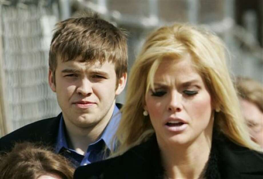Anna Nicole Smith and her son, Daniel, died within months of each other. Photo: MANUEL BALCE CENETA, ASSOCIATED PRESS