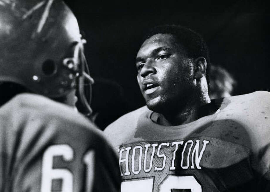 Former Houston standout Wilson Whitley, who died in 1992, will be inducted into the College Football Hall of Fame. Photo: Bela Ugrin, Chronicle File