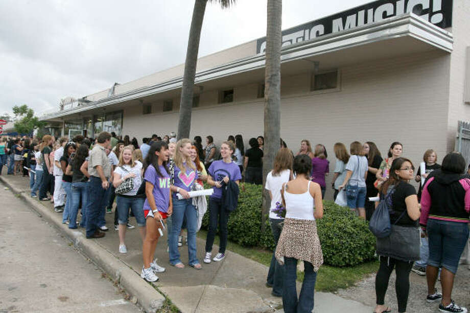Houston-area fans of the German rock band Tokio Hotel line up outside Cactus Music. Photo: Bill Olive, For The Chronicle