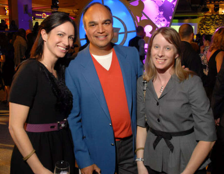 Karen Hargett, from left, Miguel Cortez and Christy Frederic Photo: Dave Rossman, For The Chronicle
