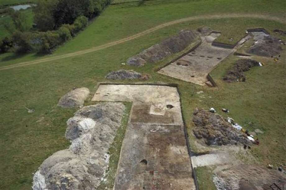 Excavations uncover civilization of stonehenge houston - Ap construcciones ...