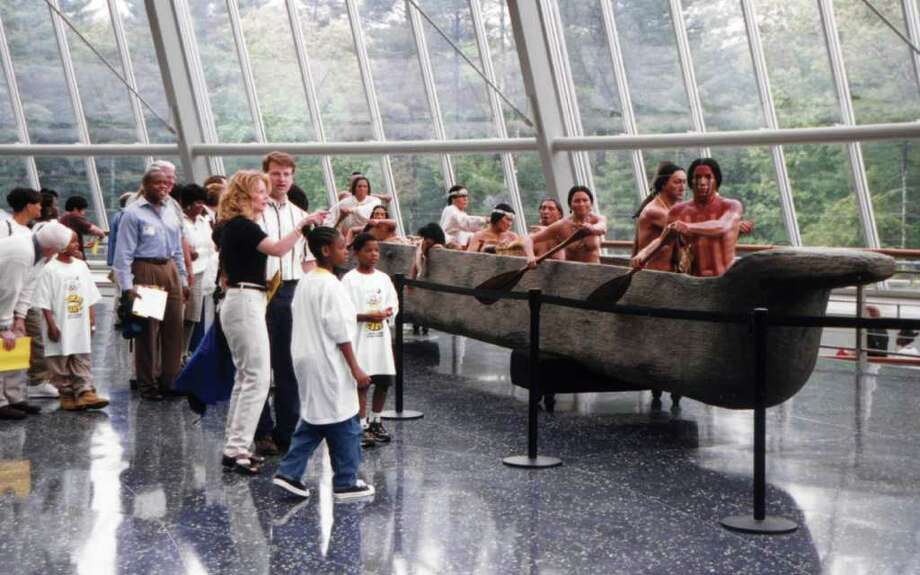 Watch history come alive at the Mashantucket Pequot Museum 