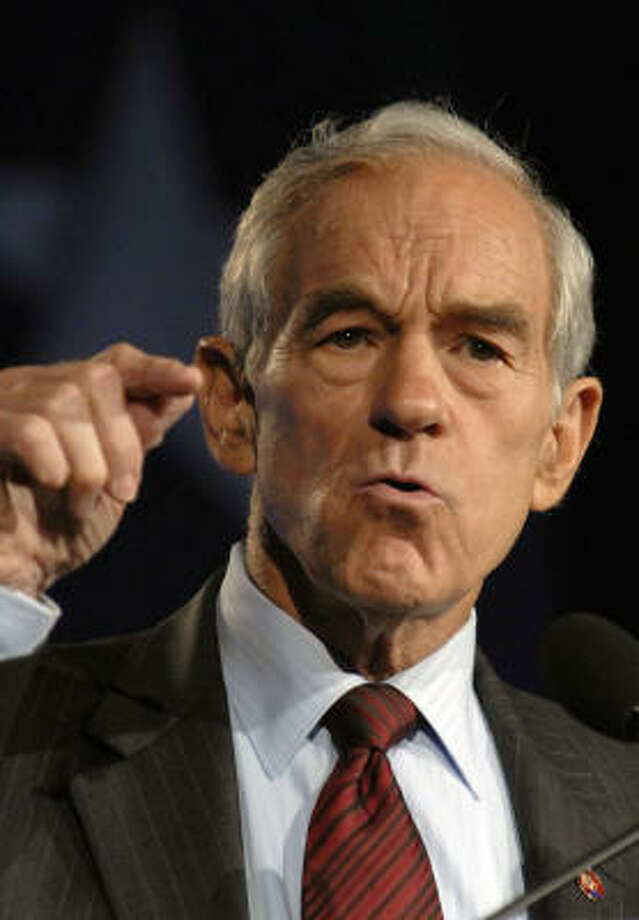 Rep. Ron Paul, R-Texas and GOP presidential candidate, collected a record $4.3 million in one day of Internet fundraising. Photo: CAROL T. POWERS, BLOOMBERG NEWS