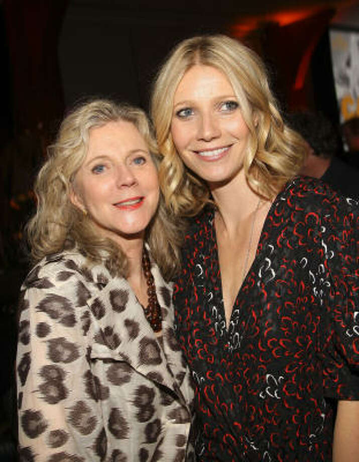 Blythe Danner is grandmother to Gwyneth Paltrow's two children Photo: Stephen Lovekin, Getty Images