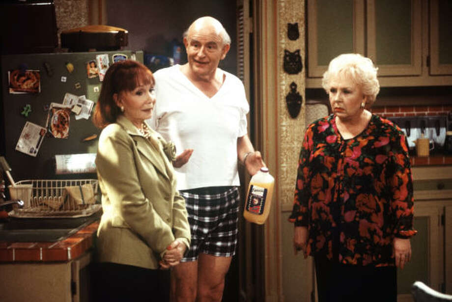 """Because the Barones' children take a backseat in many """"Everybody Loves Raymond"""" episodes, the show focused more on relationships between parents and in-laws. And it was glorious. The show debuted in 1996. Photo: SPIKE NANNARELLO, CBS"""