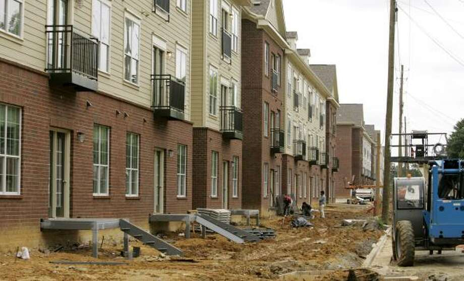 About 10 condominium projects are being built around Tuscaloosa. Photo: ROB CARR, ASSOCIATED PRESS