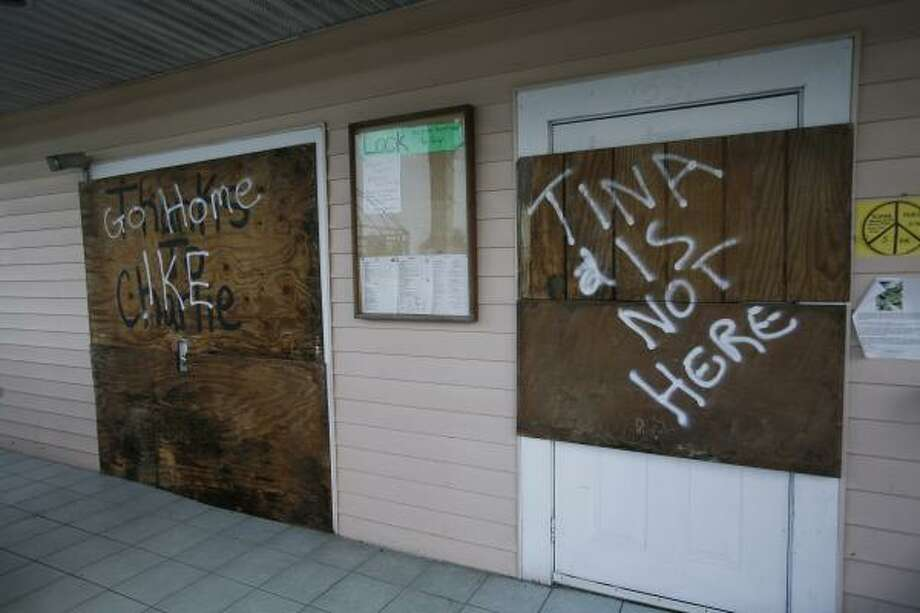 Owners of a Marathon, Fla., coffee house had a little pop-culture fun while preparing for Ike. Photo: J. Pat Carter, AP