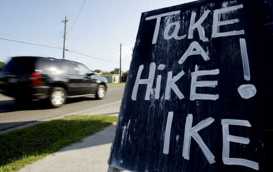 Some tried to order Hurricane Ike away in Port Aransas, Texas. Photo: Eric Gay, AP