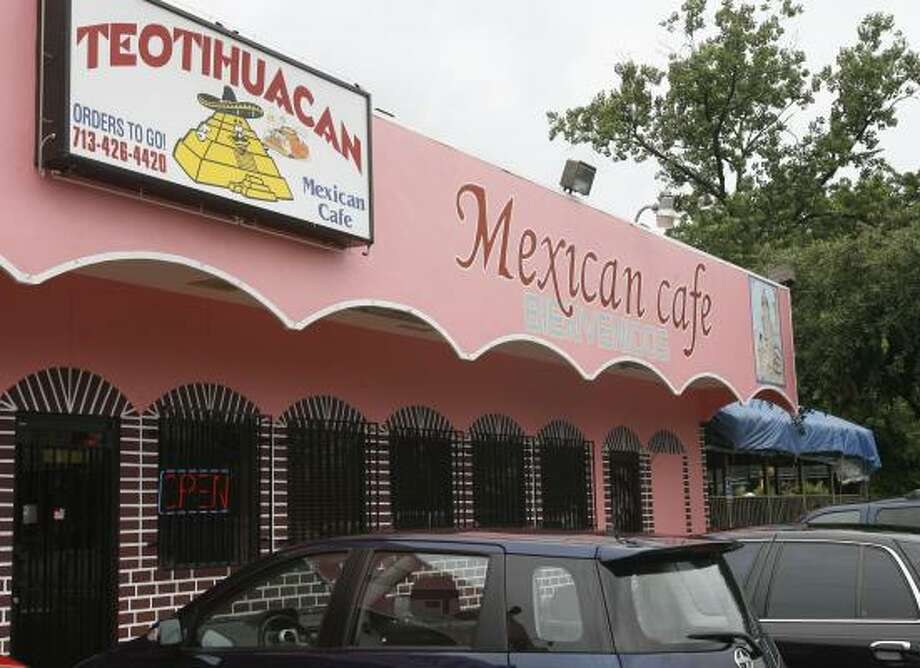 Teotihuacan would be hard to miss because of its bright facade, not to mention the food. Photo: JAMES NIELSEN, CHRONICLE