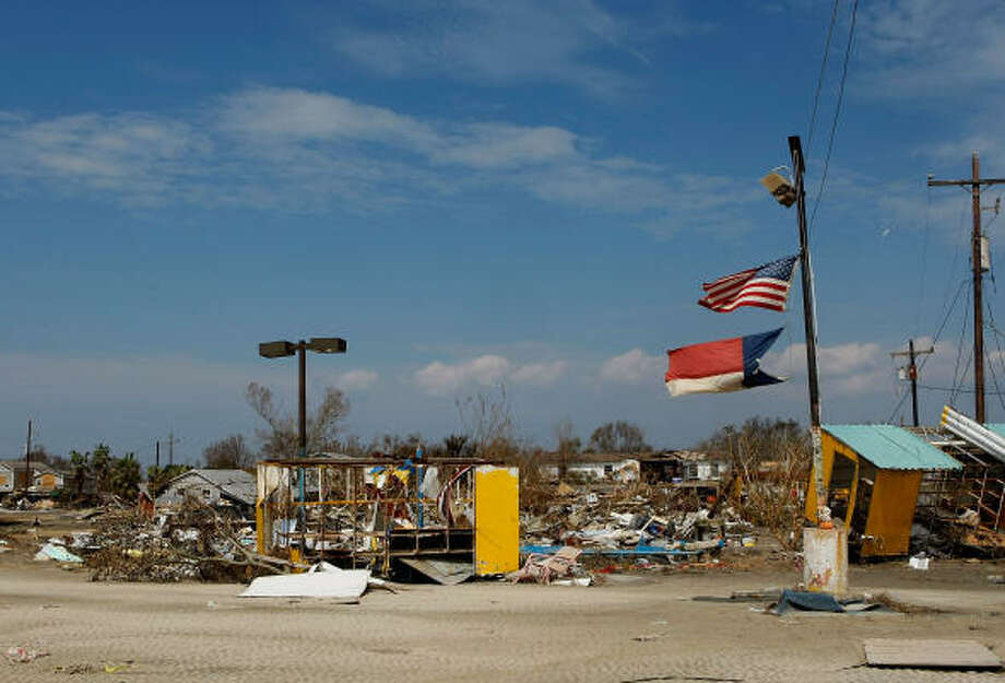 Businesses on HWY 87 are left demolished following Hurricane Ike, on September 18, 2008 in Crystal Beach. Photo: Mark Wilson, Getty Images