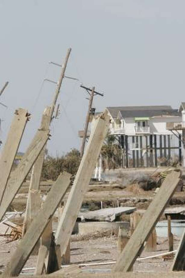 An image of Bolivar Peninsula Sept. 16 after Hurricane Ike hit the area. Photo: Shannon Tompkins, CHRONICLE