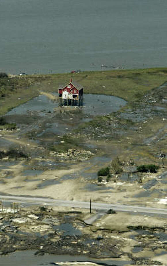 Aerial of Crystal Beach shot from an airplane as Texas land commissioner Jerry Patterson flies over the coastline Sept. 15 from Bolivar to Freeport to assess the damage from Hurricane Ike. Photo: Karen Warren, Chronicle