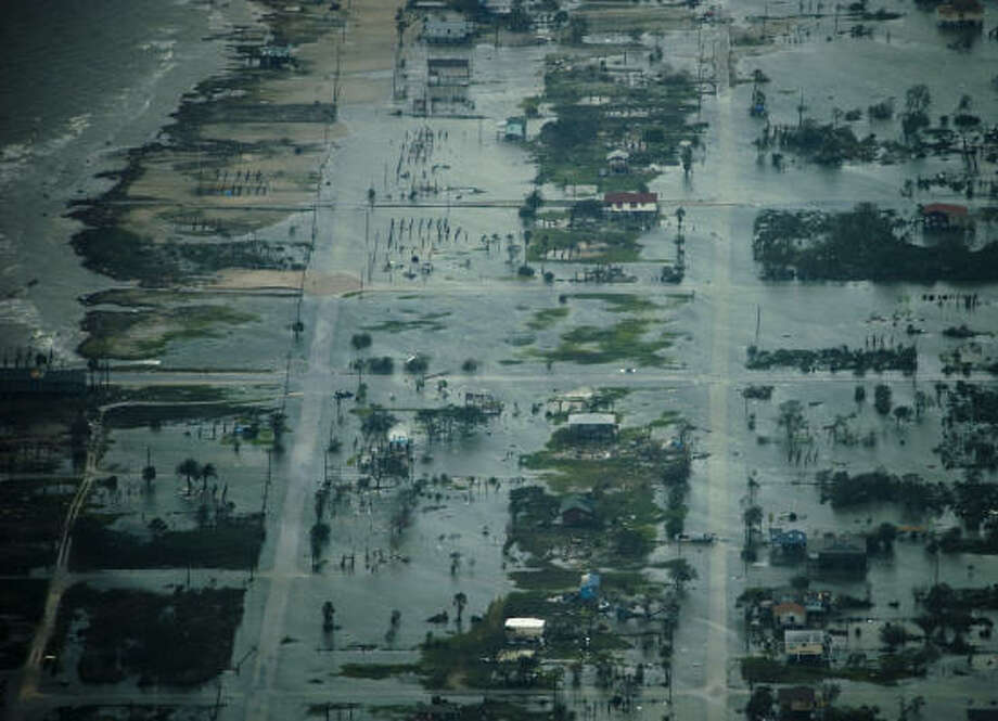 Damage after the passing of Hurricane Ike is seen in Bolivar. Photo: Smiley N. Pool, Chronicle