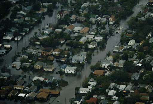 Floodwater covers a neighborhood on Galveston Island after the passing of Hurricane Ike. Photo: Smiley N. Pool, Chronicle