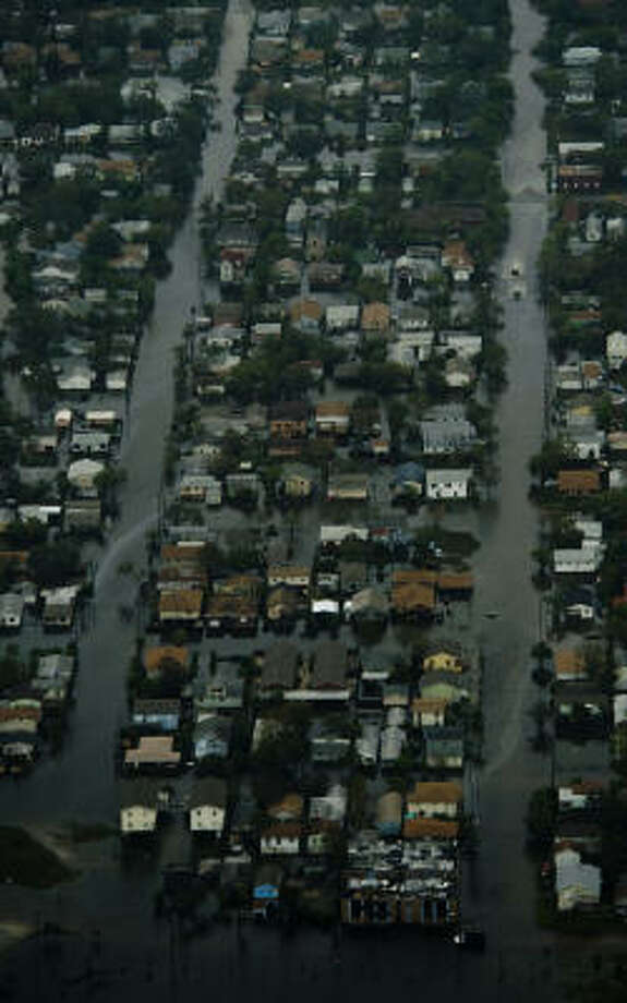 Floodwater covers a Galveston neighborhood. Photo: Smiley N. Pool, Chronicle