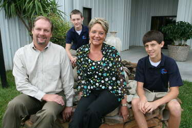 Katy couple uses Hollywood experience to re-create Jesus' passion (w