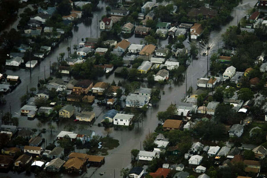 Floodwater covers a neighborhood on Galveston Island after the passing of Hurricane Ike, Saturday, Sept. 13, 2008. Photo: Smiley N. Pool, Chronicle