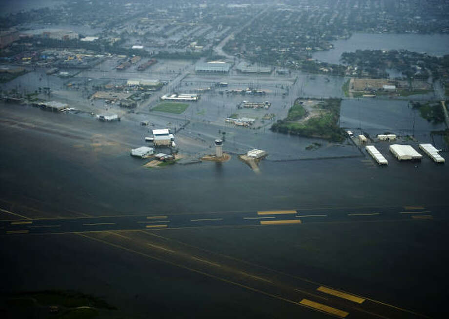 Floodwaters cover Scholes Field after the passing of Hurricane Ike, Saturday, Sept. 13, 2008, in Galveston. Photo: Smiley N. Pool, Chronicle