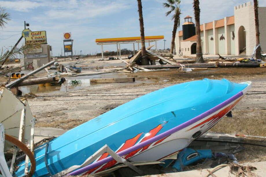 Bolivar Peninsula after Hurricane Ike, September 16, 2008. Photo: Shannon Tompkins, HOUSTON CHRONICLE