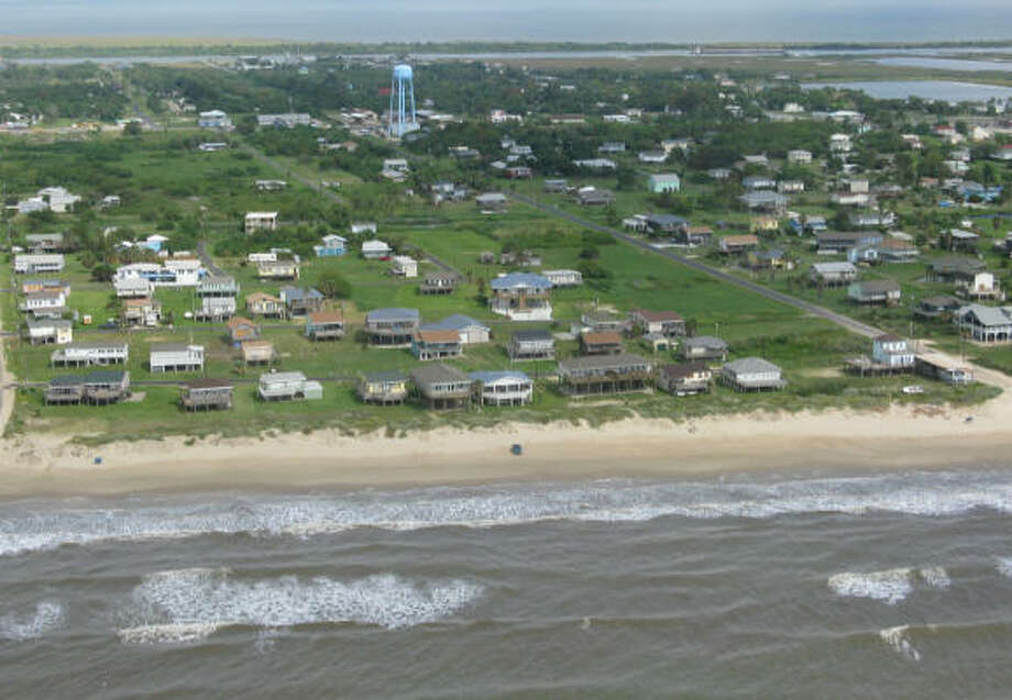 Oblique aerial photography of Crystal Beach shows the Bolivar Peninsula on Tuesday, Sept. 9. It was a far different picture after Hurricane Ike hit. Photo: U.S. Geological Survey