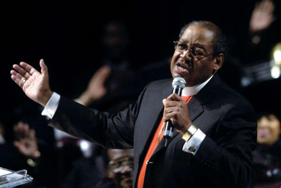 Church leader G E  Patterson dies - Houston Chronicle