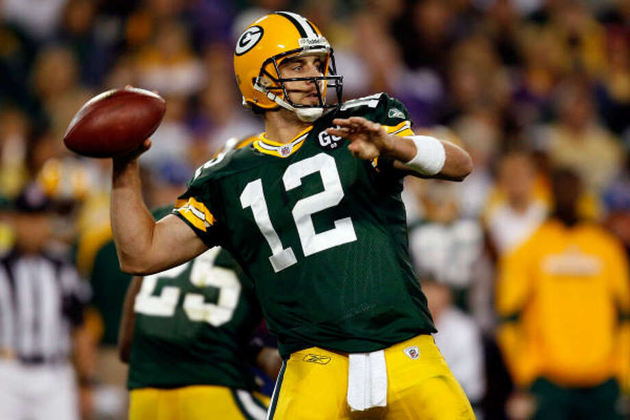 Game 1:Aaron Rodgers started the season on the right foot with a good performance in a 24-19 win against NFC North rivals, the Minnesota Vikings. Photo: Dilip Vishwanat, Getty Images