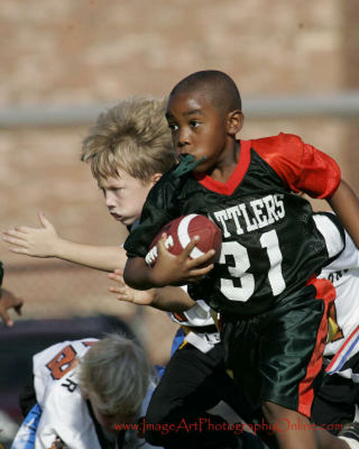 He ran for 3 touchdowns in his first flag football game Photo: Birdmann40, Chron.commons