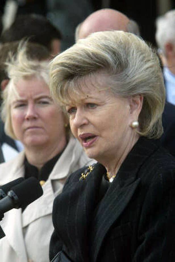 Guam's sole delegate Madeleine Bordallo, the first woman to represent the U.S. territory in Congress, has a daughter and granddaughter. Photo: RICK BOWMER, AP