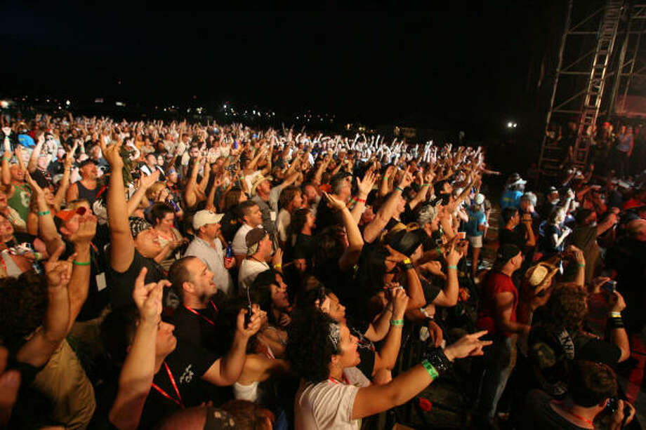 Fans react to Twisted Sister at Rock The Bayou. Photo: Bill Olive, For The Chronicle