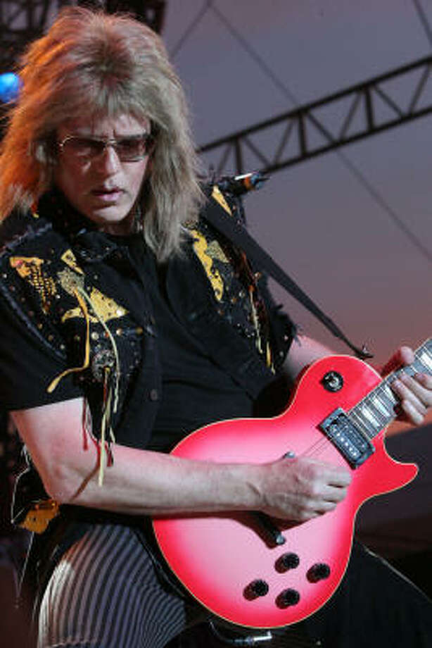 Jay Jay French performs with Twisted Sister. Photo: Bill Olive, For The Chronicle