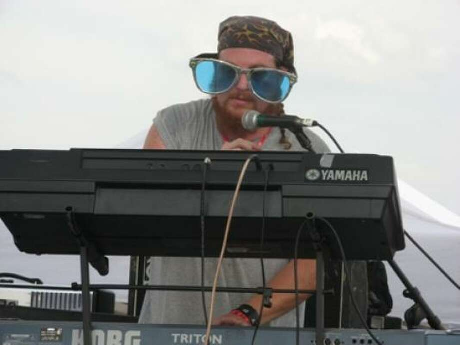 La Sed keyboard player Shawn and his wacky sunglasses. Photo: Joey Guerra, Chronicle