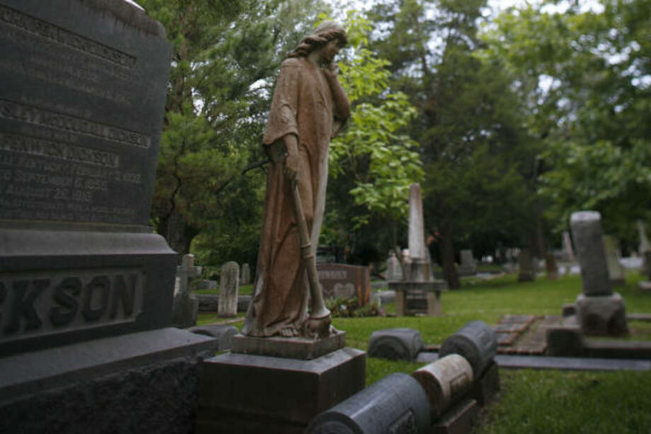 The Dickson family is interred at Glenwood Cemetery. Photo: Sharon Steinmann, Chronicle
