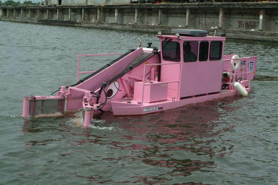 Mighty Tidy, the Buffalo Bayou Partnership's trash skimmer, is shown in December 2006. Photo: Buffalo Bayou Partnership