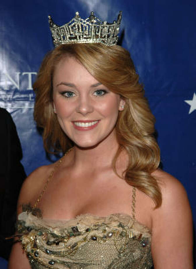 Miss America 2007 Lauren Nelson has made it her campaign to educate parents and youth about the dangers of sexual predators on the Internet. Photo: Stephen Shugerman, Getty Images