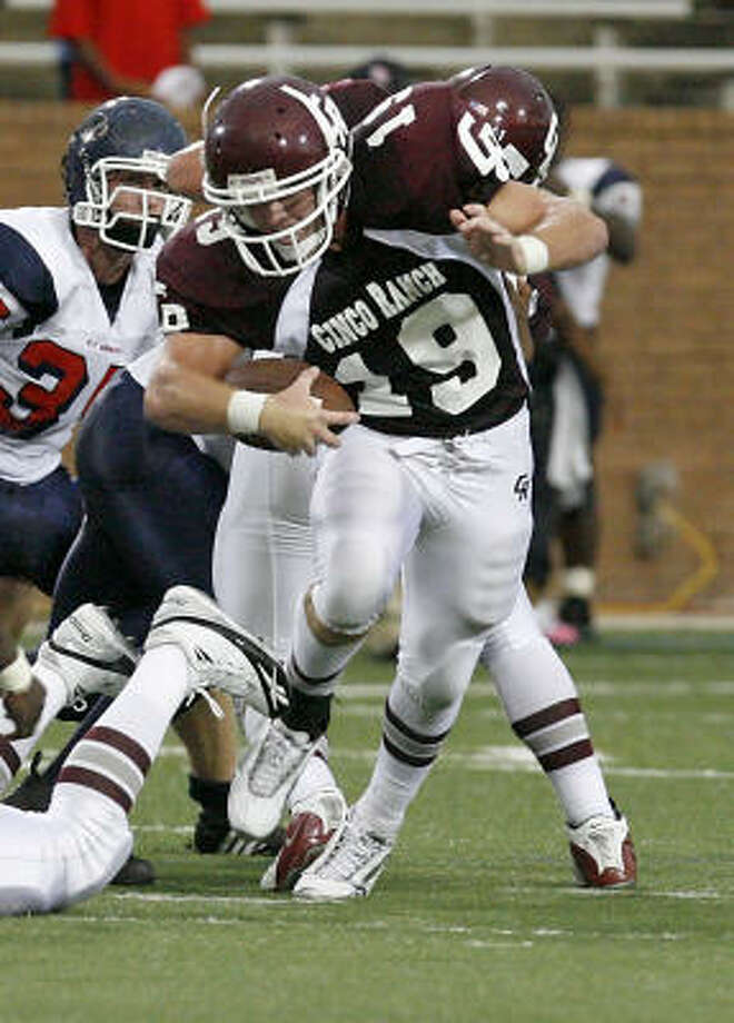 Cinco Ranch and running back Adam Hirtz entertain Strake Jesuit tonight at 7 p.m. at Rhodes Stadium. Photo: Diana L. Porter, For The Chronicle