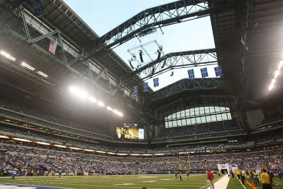 A general view of the interior of Lucas Oil Stadium, the new home of the Indianapolis Colts, with the roof open. Click  here for game statistics. Photo: Jonathan Daniel, Getty Images