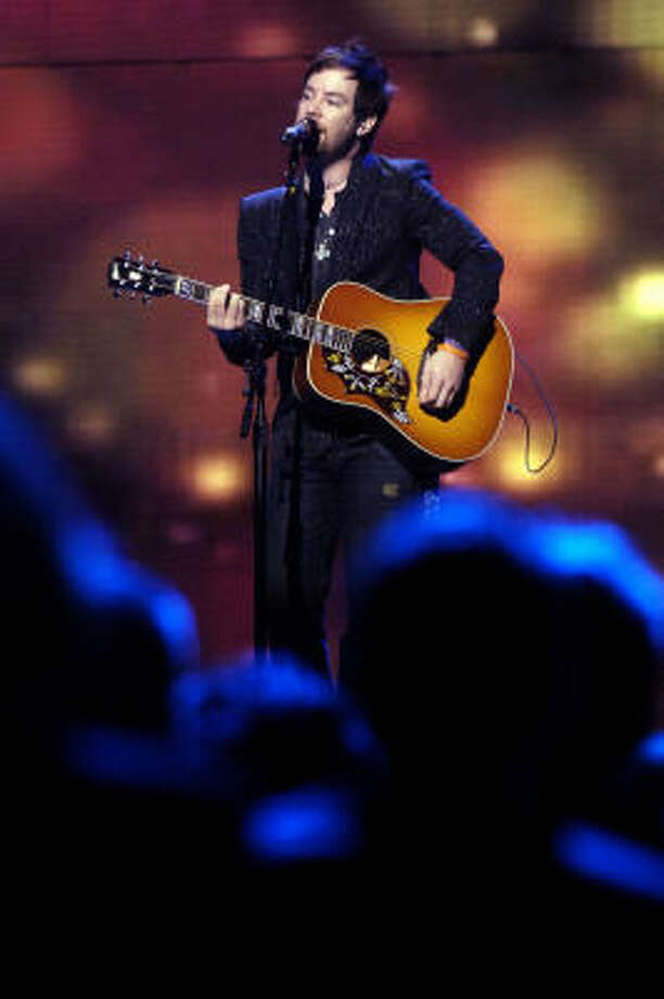 David Cook blew the judges away and took the title of American Idol during Season 7. Photo: BETH HALL, BLOOMBERG NEWS