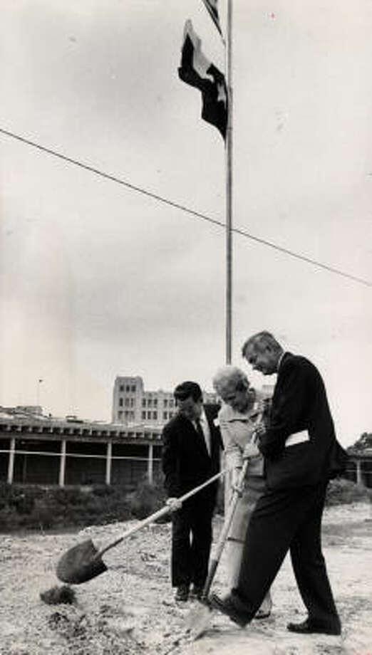 Mayor Louie Welch, from left, Rep. Lera Thomas and John T. Jones Jr. break ground for Allen's Landing Memorial Park in 1966. Photo: Sam C. Pierson, Jr.