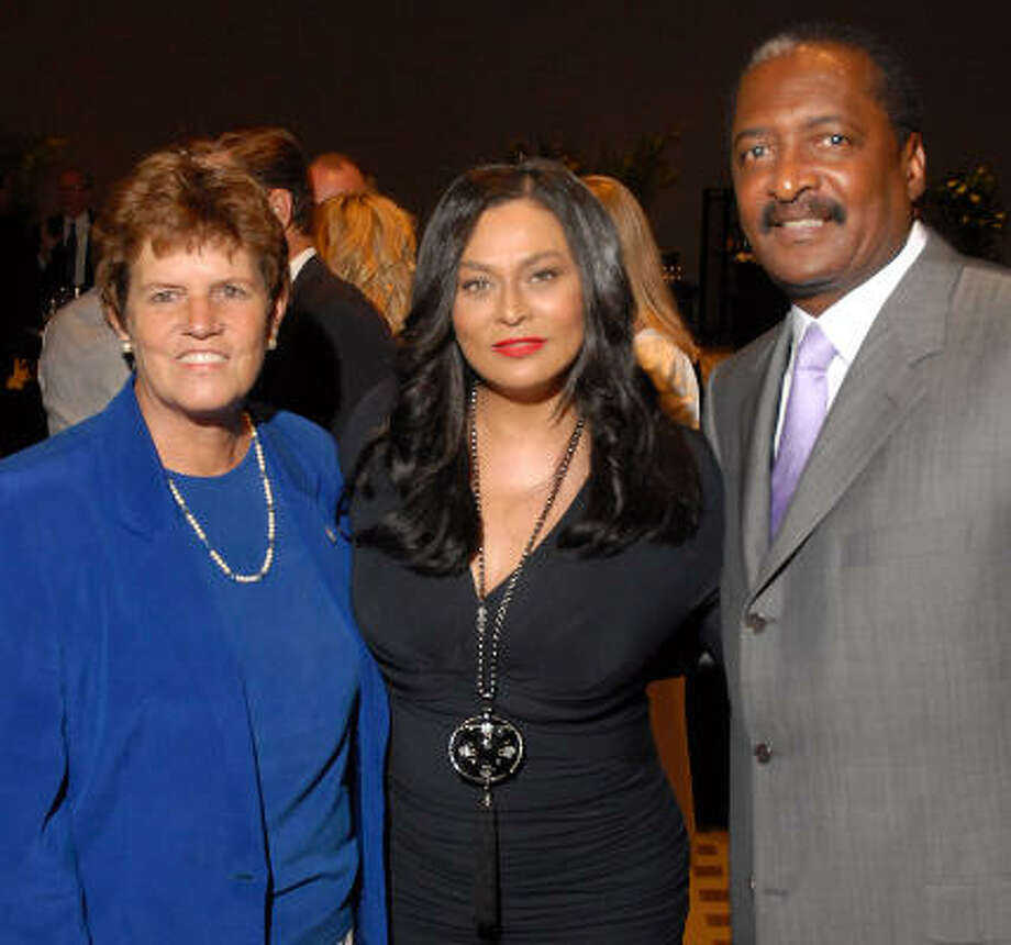 Anne Clutterbuck with Tina and Mathew Knowles Photo: Dave Rossman, For The Chronicle