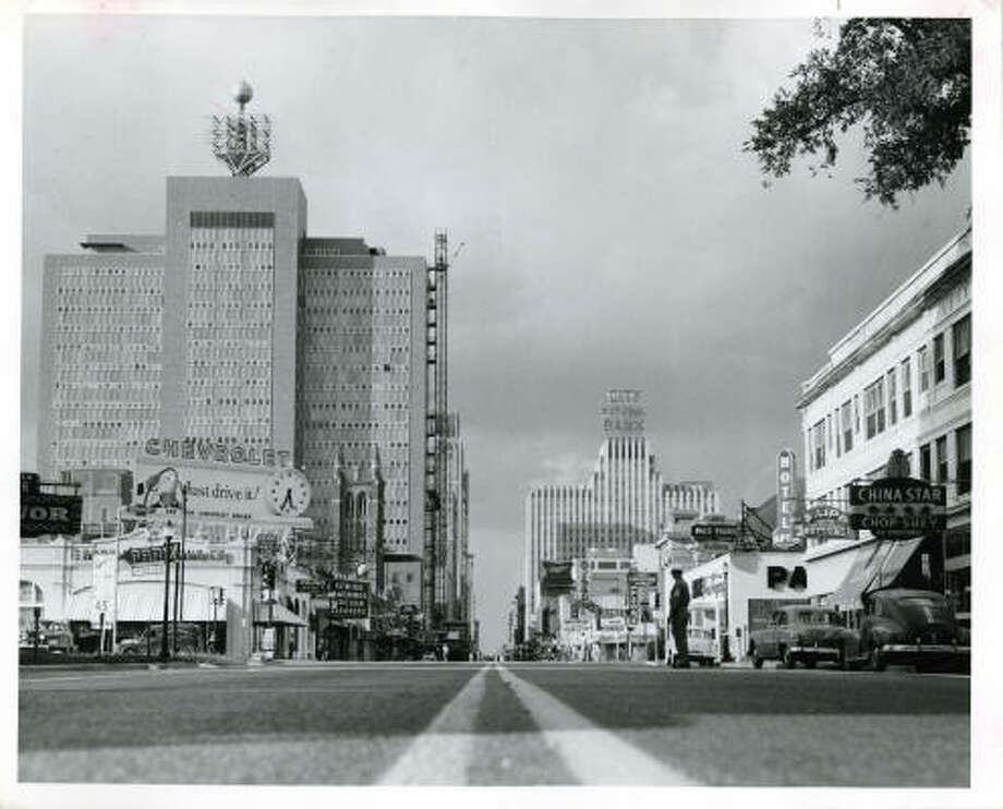 Civil defense at Main and Pease looking north. June 15, 1955. Photo: PETE VASQUEZ, HOUSTON CHRONICLE