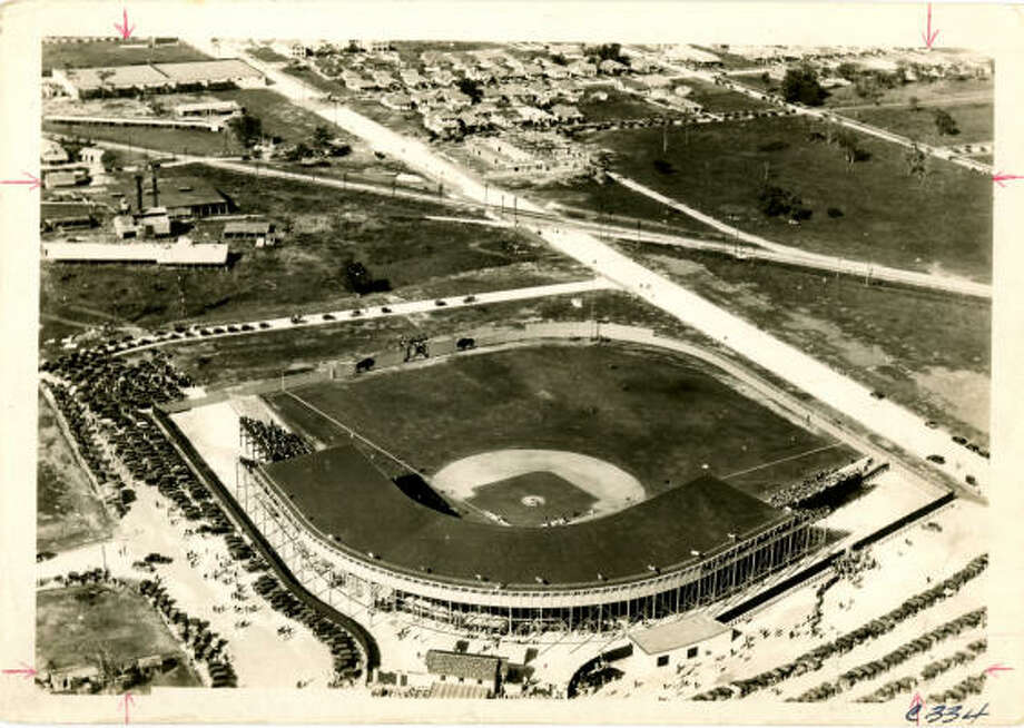 Busch Stadium taken in the '20s or '30s. Photo: UNKNOWN