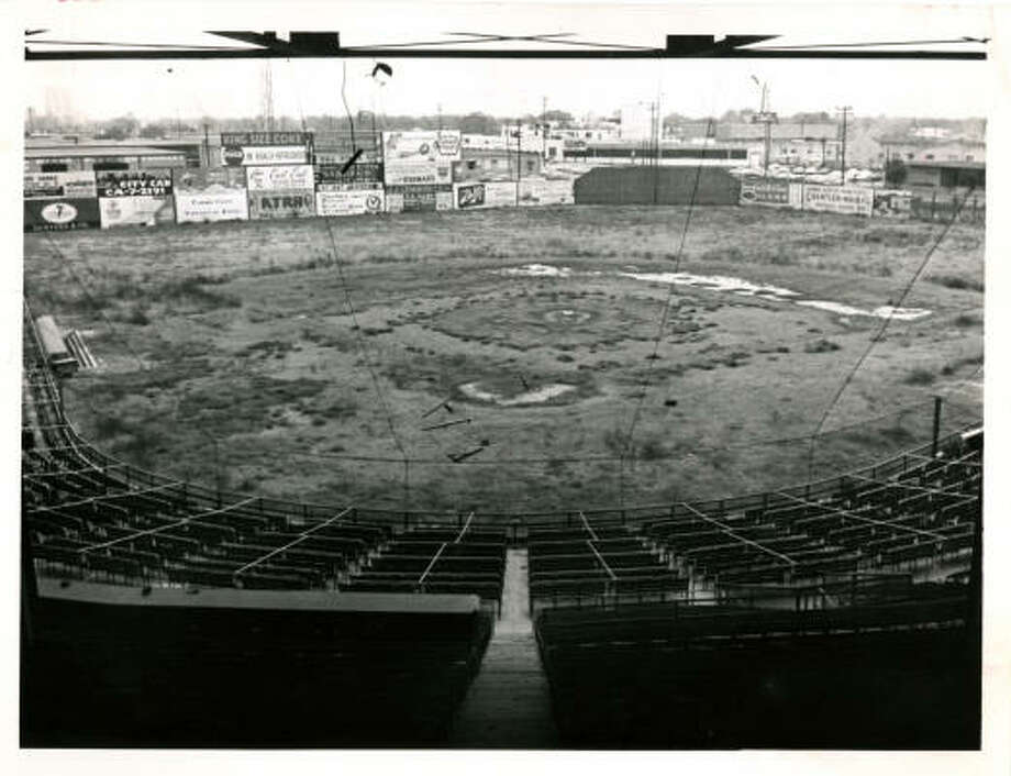 03/1963 - Busch Stadium, formerly known as Buffalo Stadium, is no longer in use. The stadium was the scene for many Houston Buffs baseball games. Only outline of once plush diamond remains. Busch Stadium was scene of many Buff baseball battles. Dan Hardy / Houston Post  HPOST CAPTION (03/15/1963): ONLY OUTLINE OF ONCE PLUSH DIAMOND REMAINS. Busch Stadium Was Scene of Many Buff Baseball Battles. Photo: DAN HARDY, HOUSTON CHRONICLE