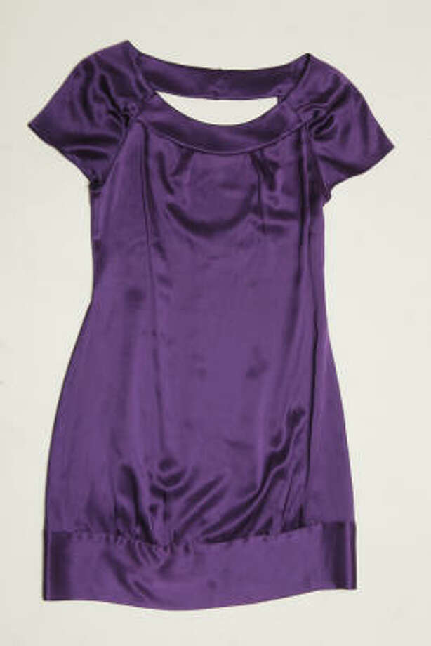 If you high on fall's purple tend, try this Searle purple shift dress, $174 (orignally $498) from Neiman Marcus. Photo: Melissa Phillip, Chronicle