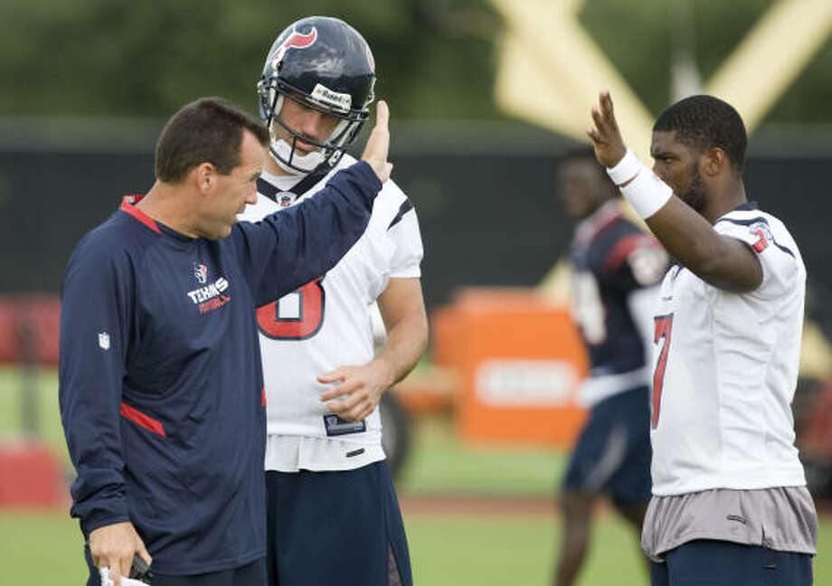 Aug. 7:Texans head coach Gary Kubiak, left, talks to quarterbacks Matt Schaub, center, and Shane Boyd during the team's training camp Wednesday. Photo: Brett Coomer, Chronicle