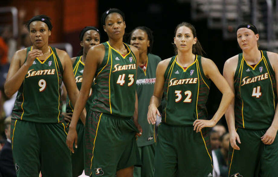 The WNBA team, Seattle STORM, has the second best record in the Western Conference, 17-9. The Storm is also home to former Houston Comets guard, Sheryl Swoopes, not shown. Photo: Luis Alvarez, AP