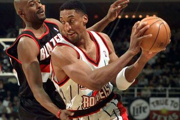ONE AND DONE:  After the 1998 lockout, the Rockets landed Scottie Pippen (right) in a sign-and-trade deal from the Chicago Bulls. That season was rocky for the Rockets and Pippen, who was shipped to the Portland in the offseason.