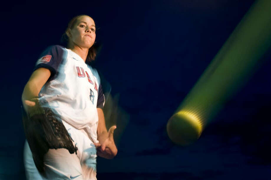 Former University of Texas ace Cat Osterman will try to lead the U.S. softball team to its fourth consecutive Olympic gold medal in Beijing. She helped lead the Americans to their third gold medal at the 2004 Athens Olympics. Photo: Smiley N. Pool, Chronicle