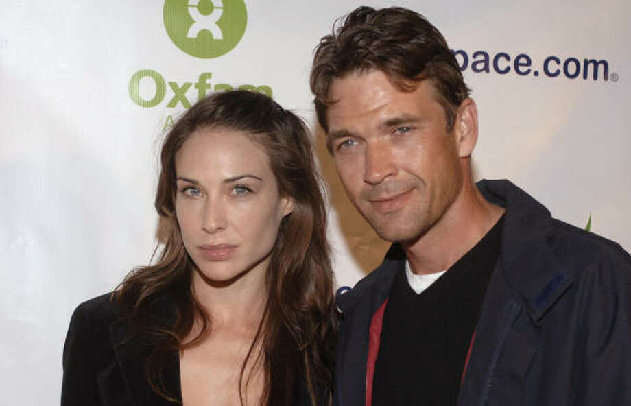 Actress Claire Forlani, left, and actor Dougray Scott attend an event to raise awareness and relief for the people of Darfur on Wednesday. Scott proposed to Forlani last month in Los Angeles, according to People magazine. Photo: PHIL MCCARTEN, AP