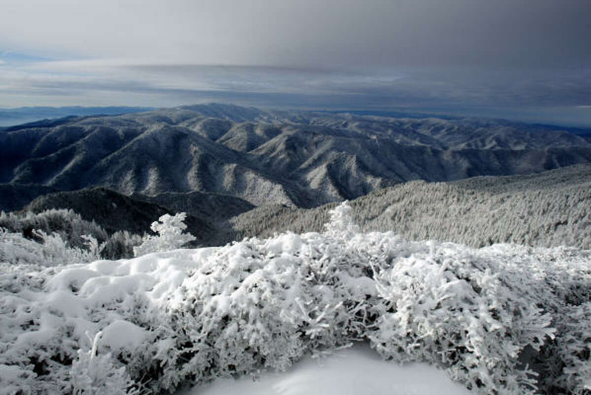 1. Great Smoky Mountains: 9,372,253